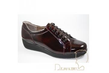 Calzaturifio F.lli Tomasi Mod. Clizia Laccio scarpa donna della linea Camminare è vivere