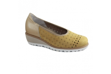 Calzaturificio F.lli Tomasi Mod. Desy forato scarpa donna decollete traforata ampia pelle zeppa plantare estraibile